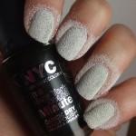 diy-liquid-sand-manicure-how-to